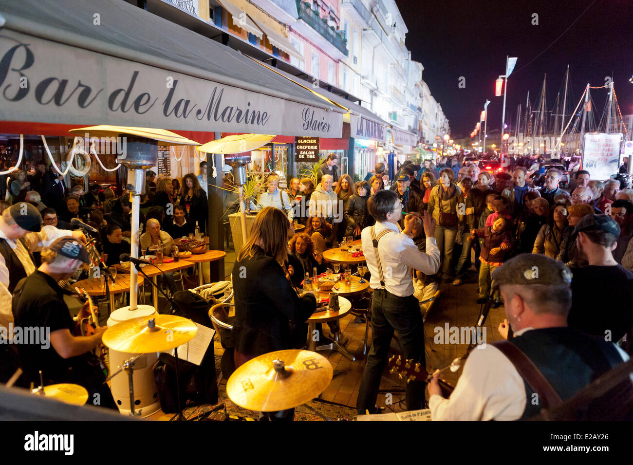 France, Herault, Sete, Quai du General Durand, Maritime Traditions Festival, traditional music orchestra of fishermen' - Stock Image