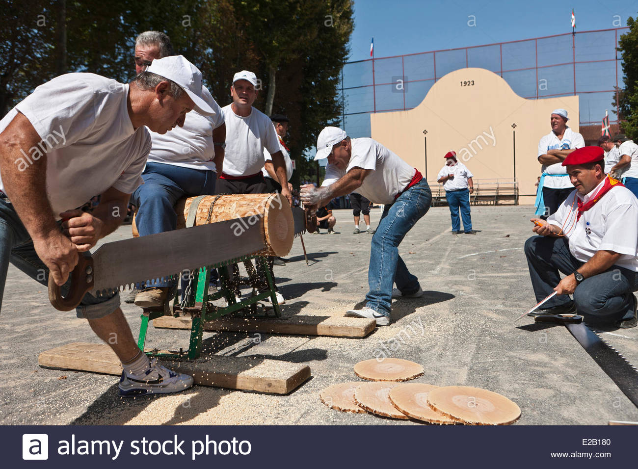 France, Pyrenees Atlantiques, Basque Country, Saint Palais, strenght Basque festival, lumberjacks, sawyers Stock Photo