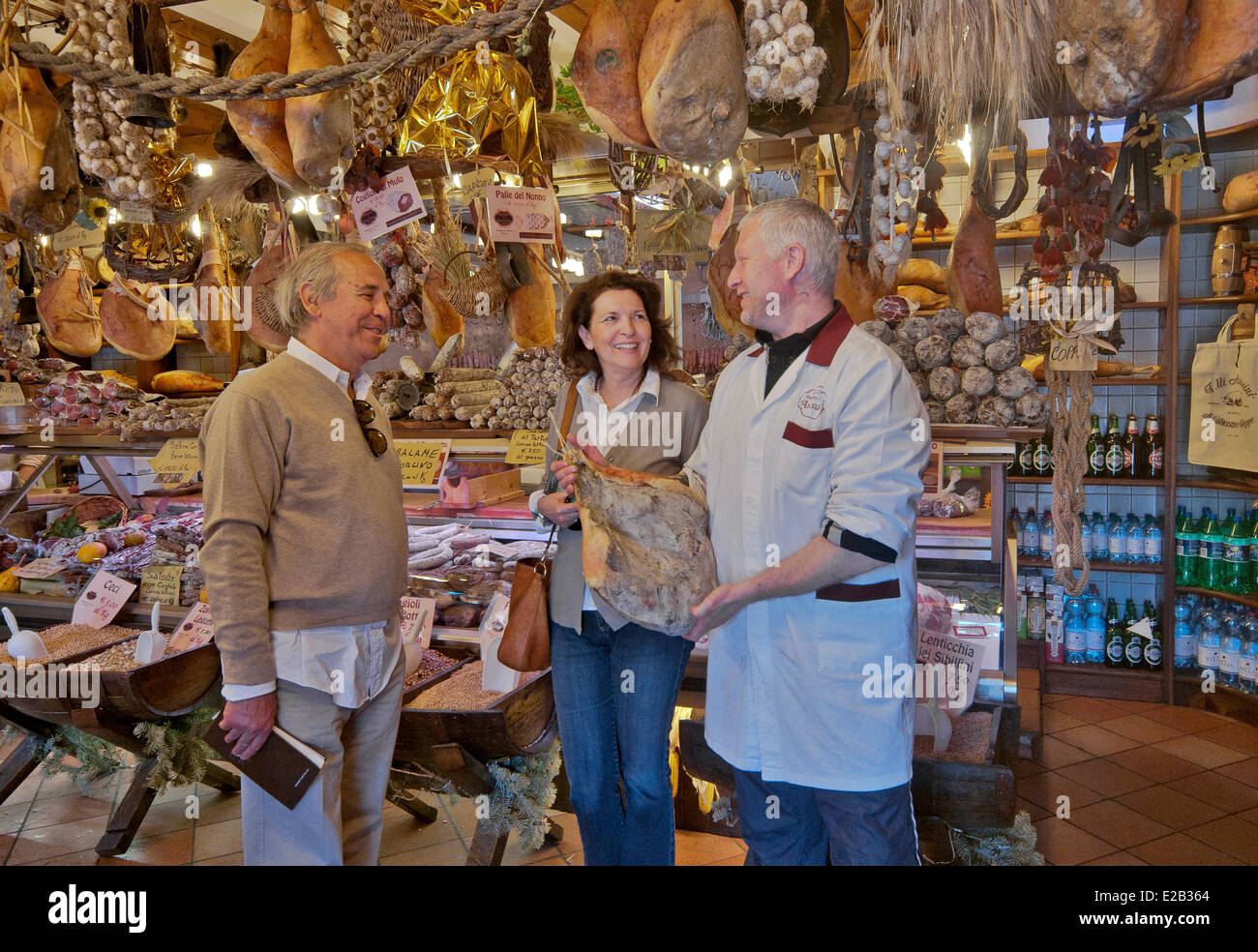 Italy, Umbria, Norcia, shop selling local produce, hams, saussisses, dried fruits, dried beans, dried mushrooms Stock Photo
