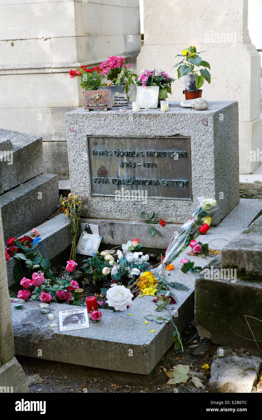 France, Paris, Pere Lachaise cemetery, Jim Morrison tomb - Stock Image