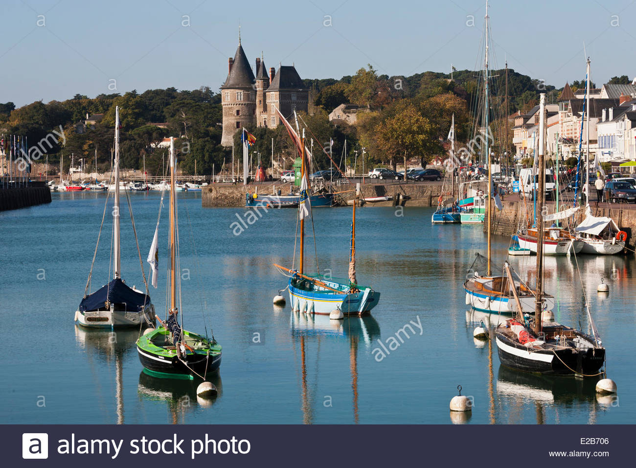 France, Loire Atlantique, Pornic, Old rigging the fishing port - Stock Image