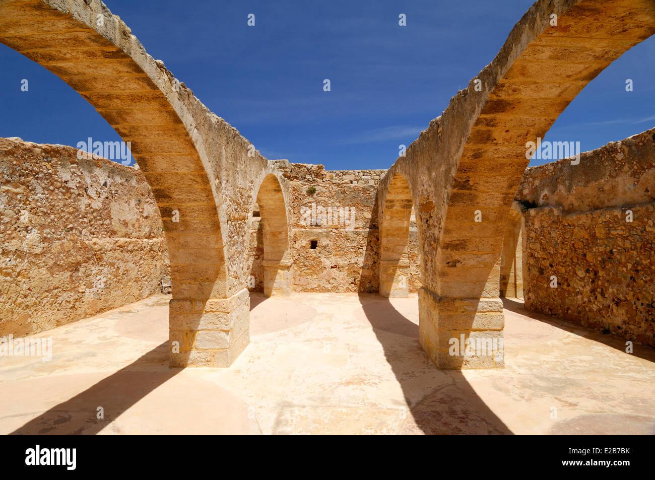 Greece, Crete, Rethymnon, Venetian fortress (Fortezza), ruins of arches Stock Photo