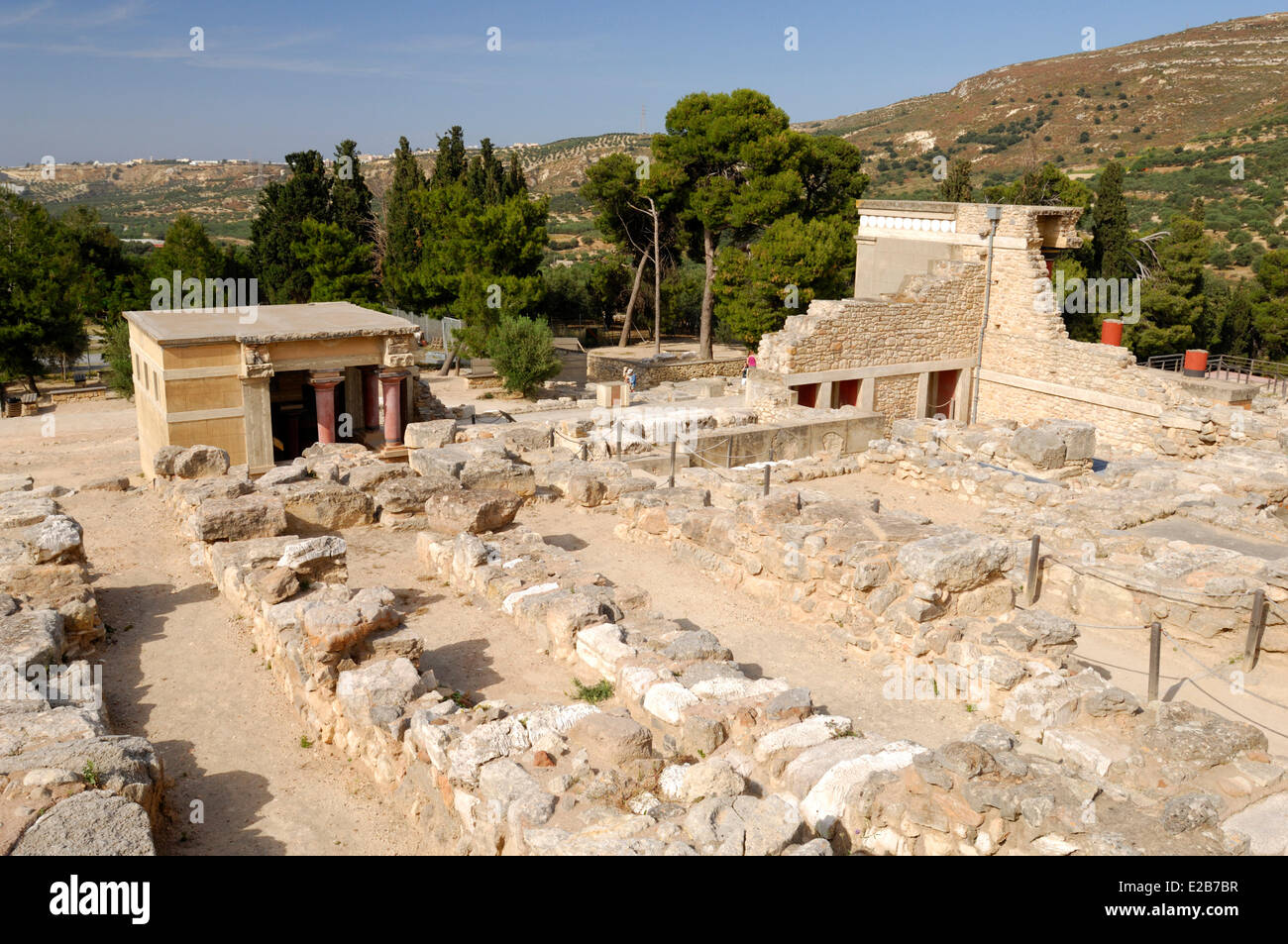 dating sites in crete greece The minoan civilization was an aegean bronze age civilization on the island of crete and  instead of dating the  bronze age archaeological site on crete .