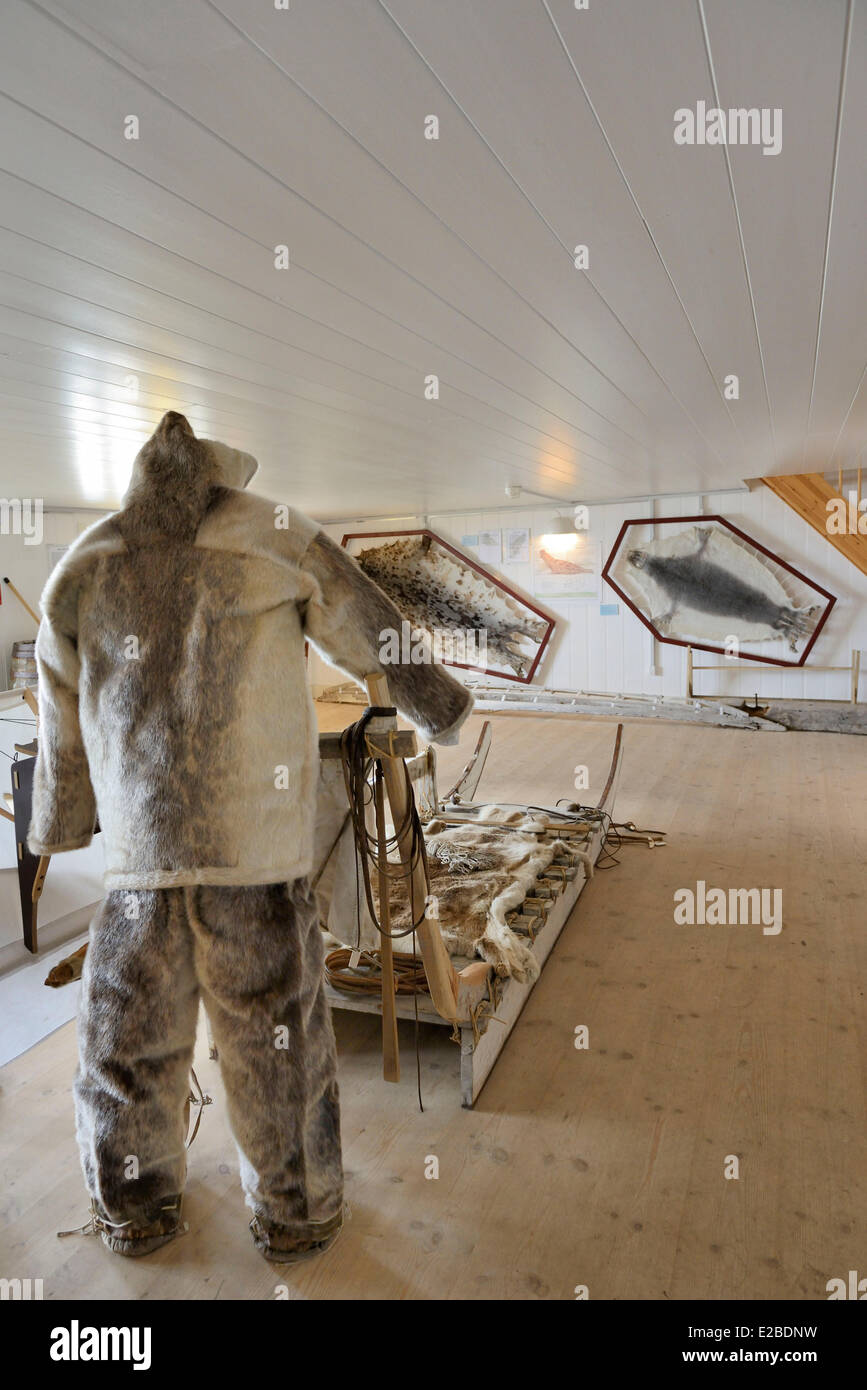 Greenland, Upernavik, The museum, Traditional sledge and seal skins - Stock Image