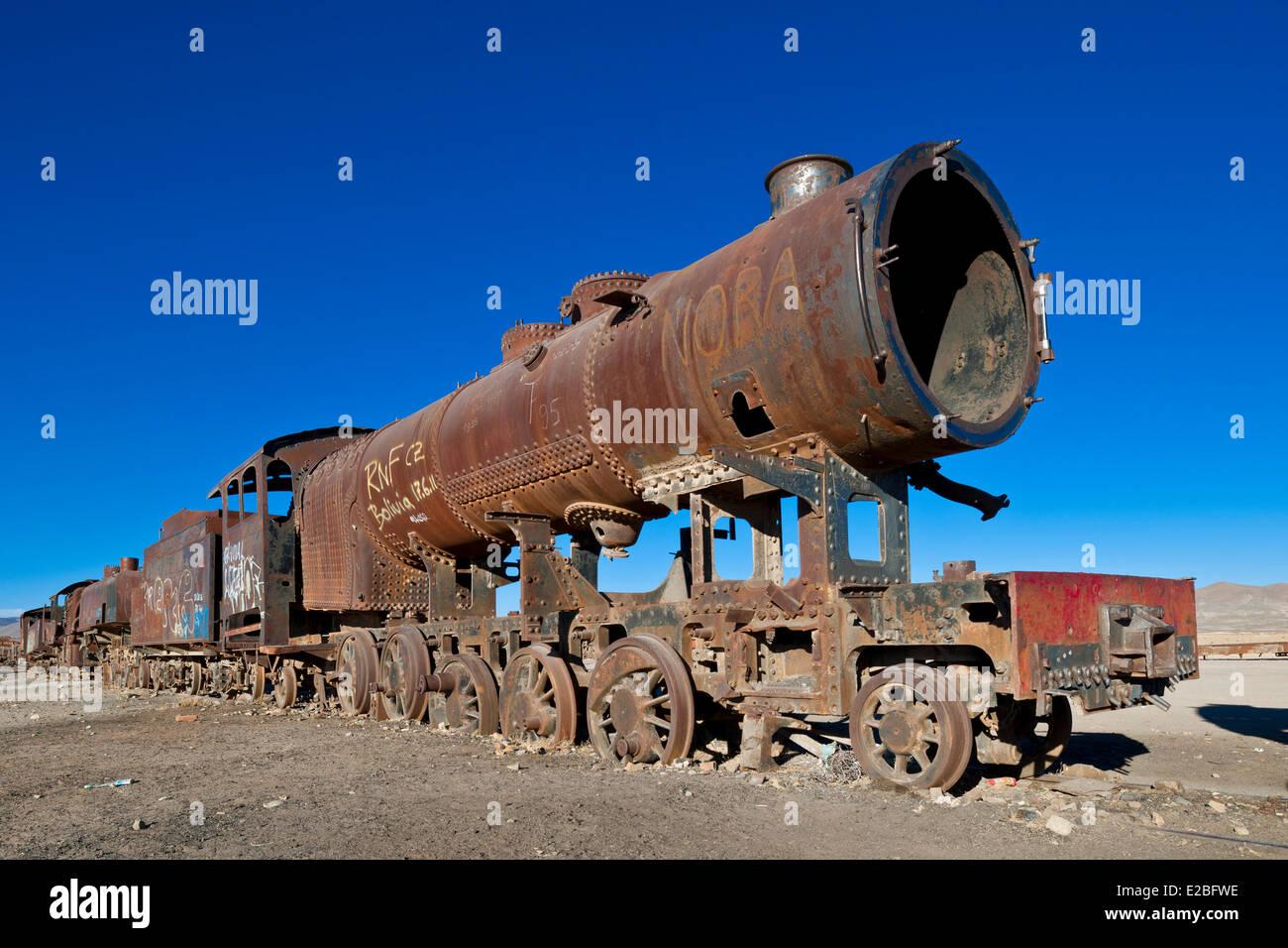Bolivia, Potosi Department, Salar de Uyuni, Uyuni, train cimetery - Stock Image