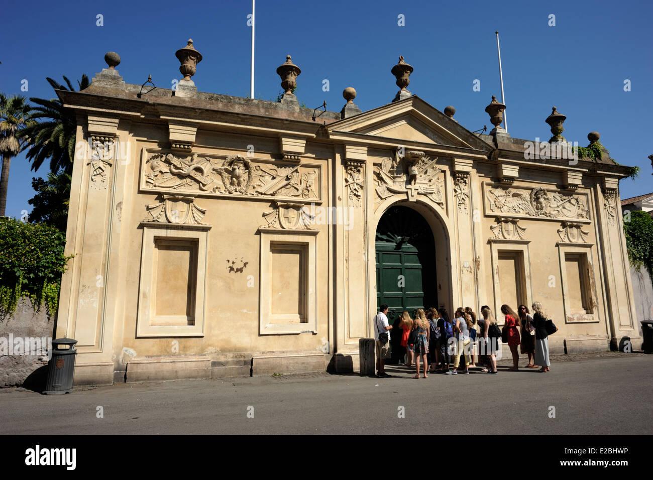 italy, rome, aventino, piazza dei cavalieri di malta, priory of the knights of malta - Stock Image
