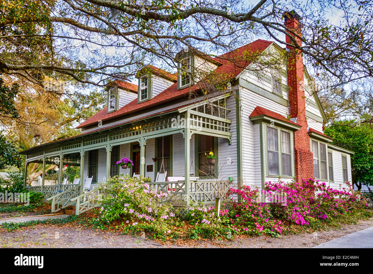 Awe Inspiring House In Bloom In Fernandina Beach Historic District Download Free Architecture Designs Embacsunscenecom