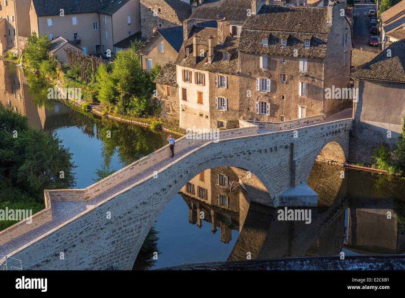 France, Lozere, Gevaudan, Lot Valley, Mende, Pont Notre Dame, Medieval bridge of the 12th century - Stock Image