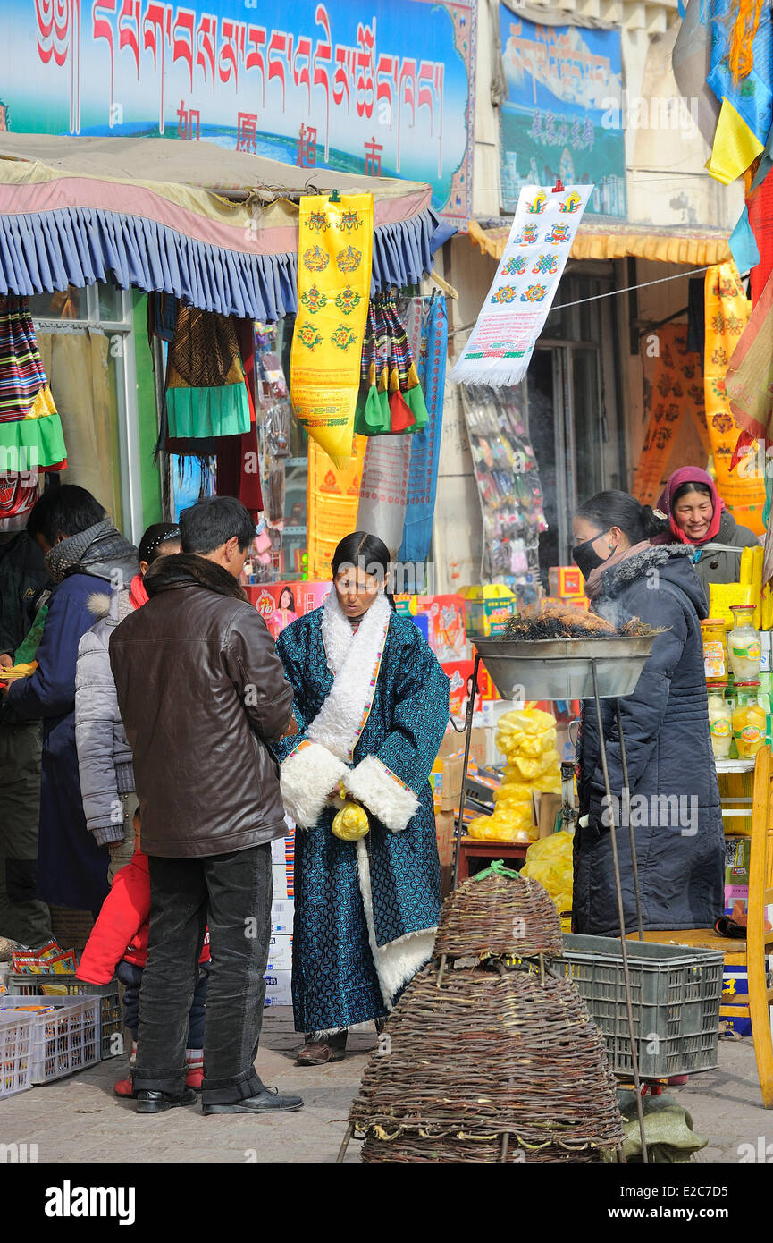 China, Qinghai Province, Amdo, Tongren, The tibetan market - Stock Image