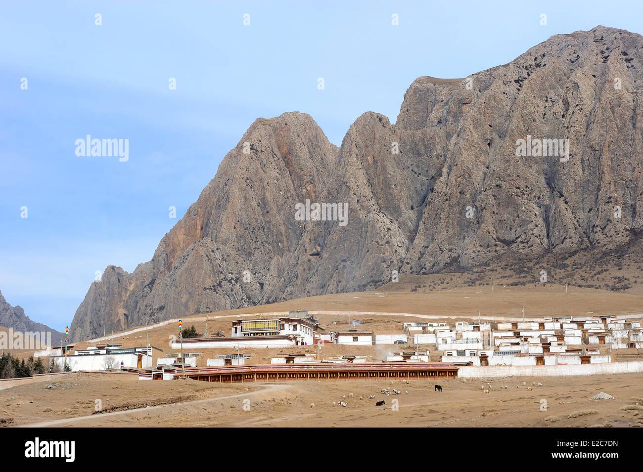 China, Gansu Province, Amdo, Xiahe county, Ganjia town - Stock Image