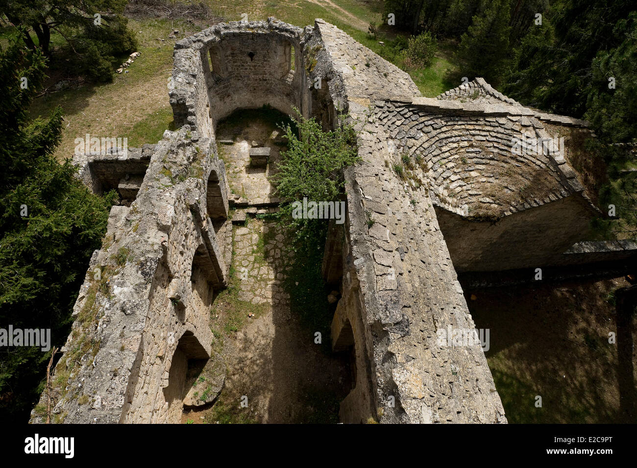 France, Aveyron, Veyreau, priory of Saint Jean des Balmes, the 12th-16th centuries, the Black Causse - Stock Image