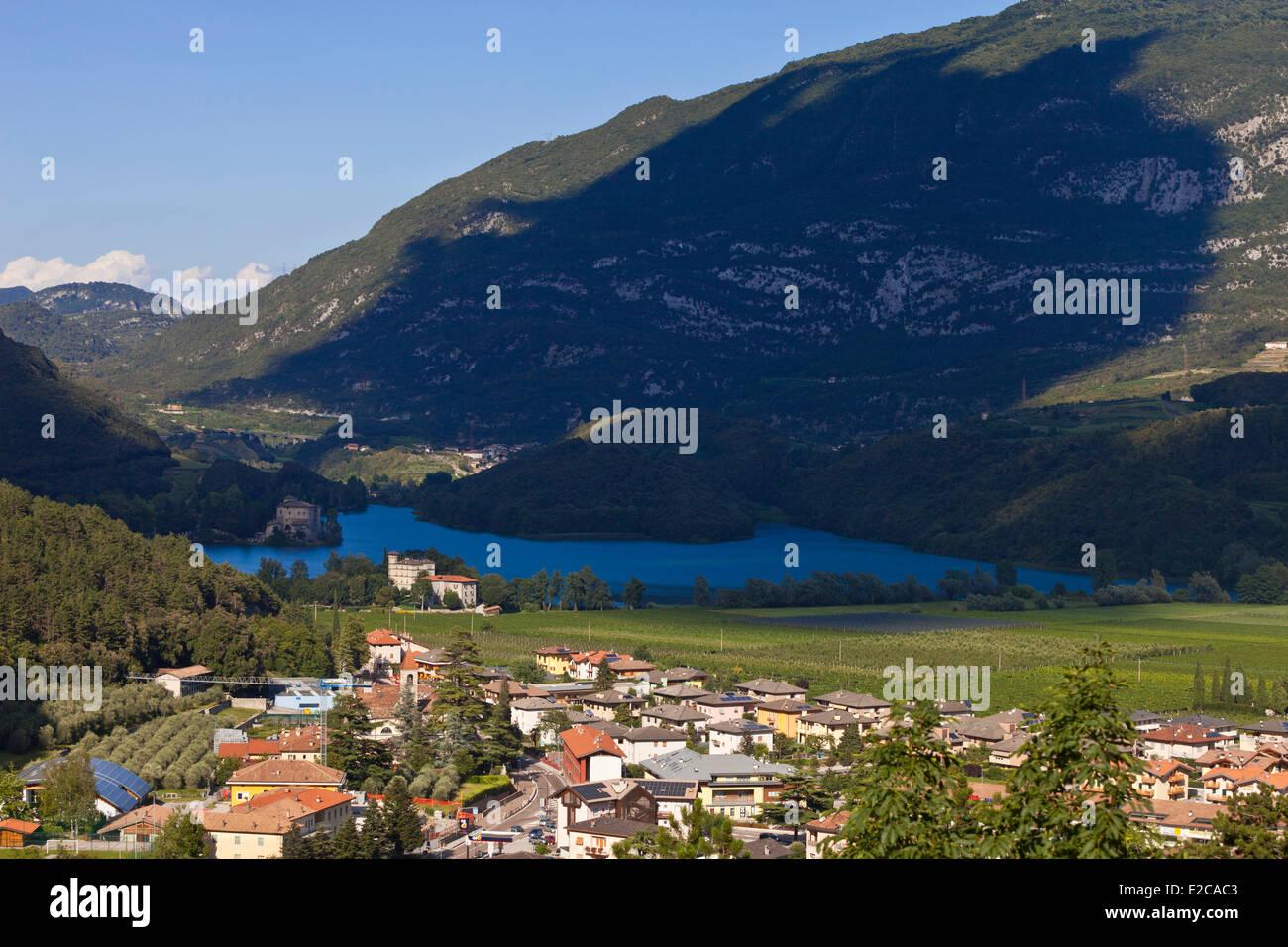 Italy, Trentino Alto Adige, Dolomites, Lake di Toblino - Stock Image