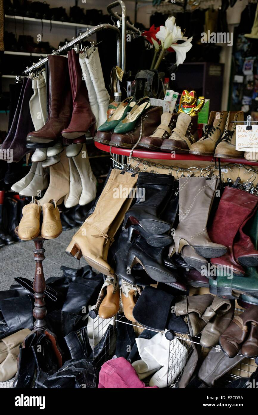 Germany, Berlin, Calypso store (23 Rosenthaler Strasse), second-hand shoes - Stock Image