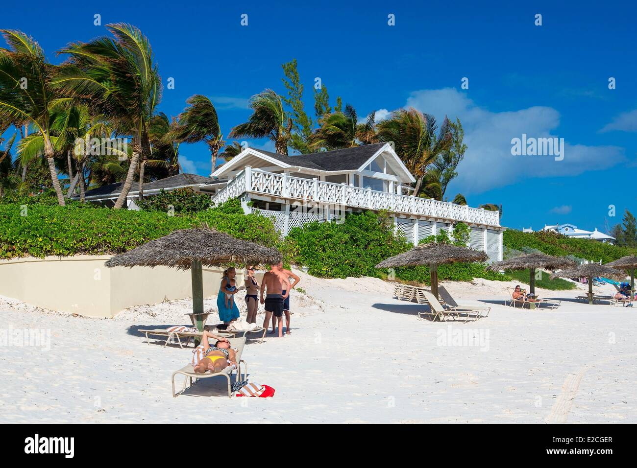 Bahamas, Harbour Island, Beach of Coral Sands Hotel - Stock Image