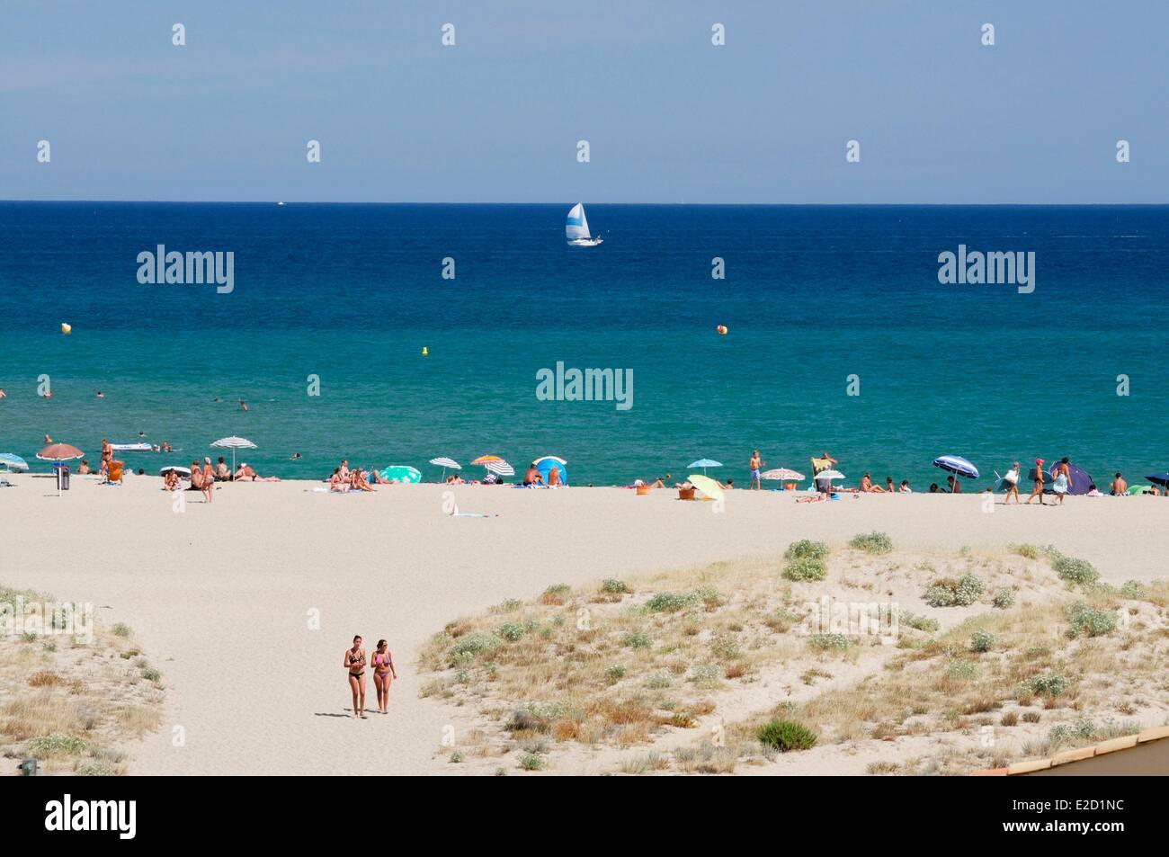 France Aude Corbieres Port Leucate the sandy beach Stock Photo ...