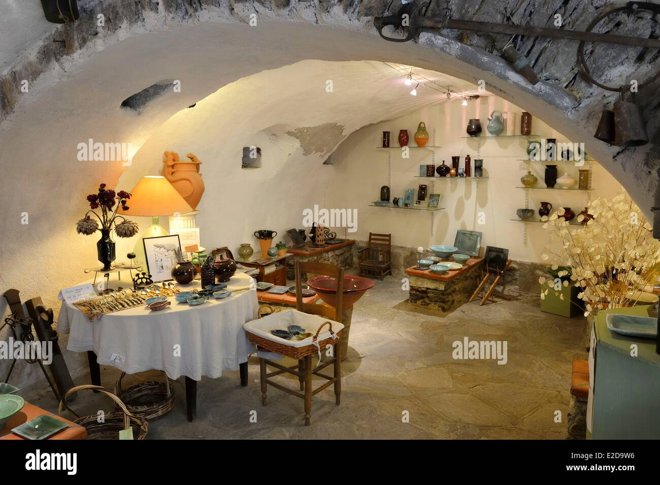 France, Haute Corse, Corte, the old neighbourhood of Chiostra in the Ville Haute, A Chiostra pottery workshop - Stock Image