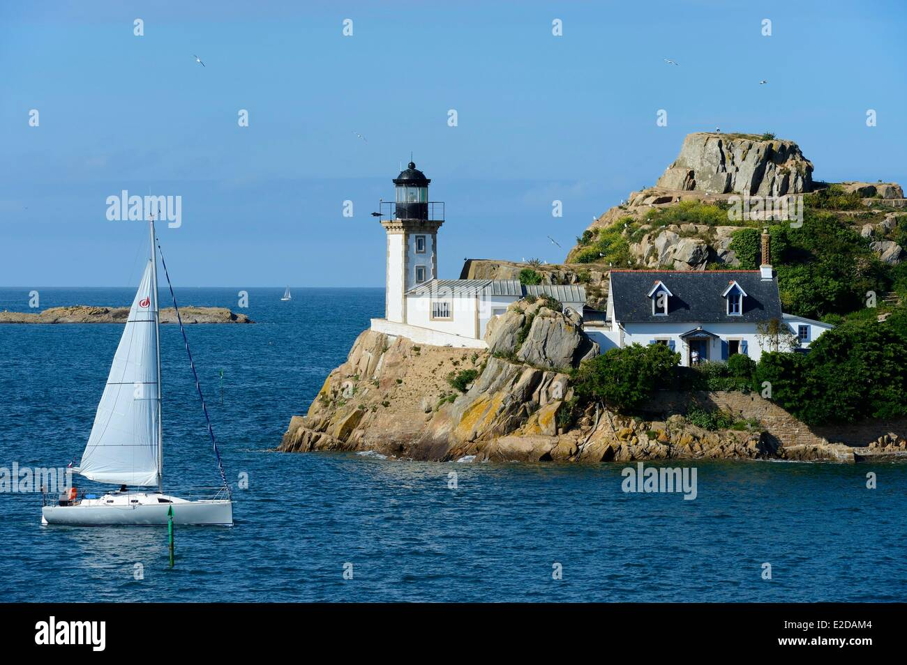 France Finistere Morlaix bay Carantec lighthouse of Louet island (also a guest house in summer) - Stock Image
