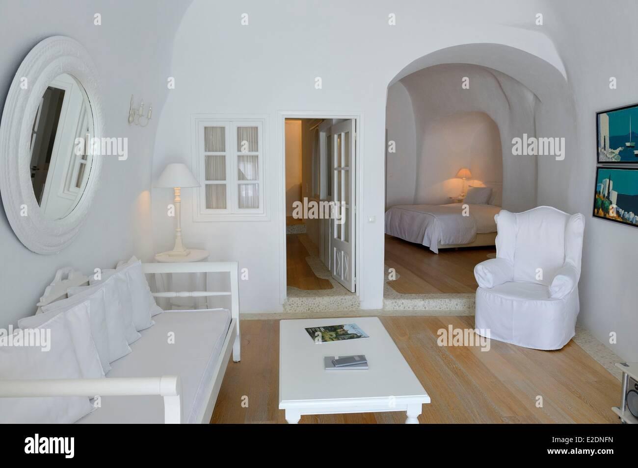 Greece Cyclades Aegean Sea Santorini (Thira or Thera) village of Oia Relais & Chateaux hotel Kirini Suites & - Stock Image