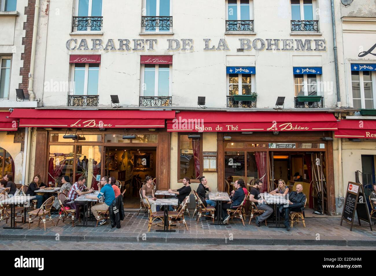 France Paris Montmartre Place Du Tertre With Its Typical Restaurants