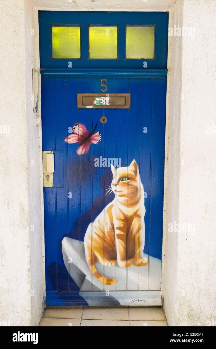 French Cat Door Stock Photos French Cat Door Stock Images Alamy