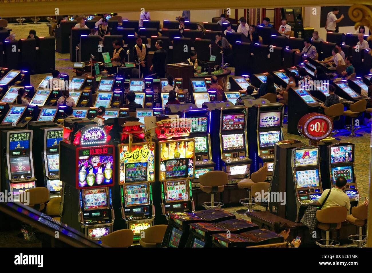 Slot Game Hall High Resolution Stock Photography And Images Alamy