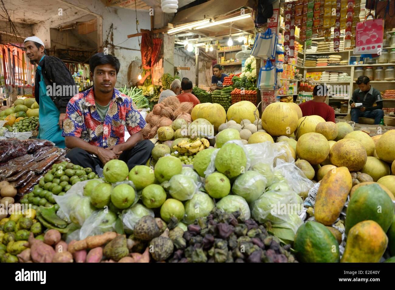Bangladesh Dhaka (Dacca) market in Gulshan area - Stock Image