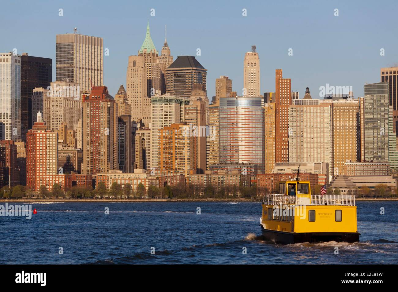United States, New York, Manhattan, a taxi boat on the Hudson River going from Jersey City to Manhattan - Stock Image