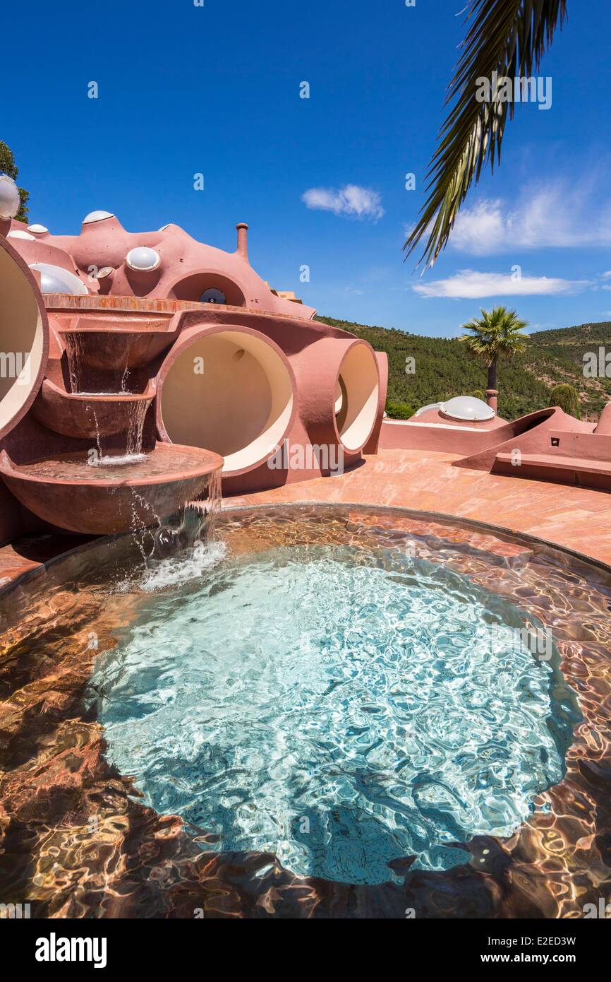 France, Alpes Maritimes, Theoule sur Mer, Palais Bulles by architect Antti Lovag, home of Pierre Cardin - Stock Image