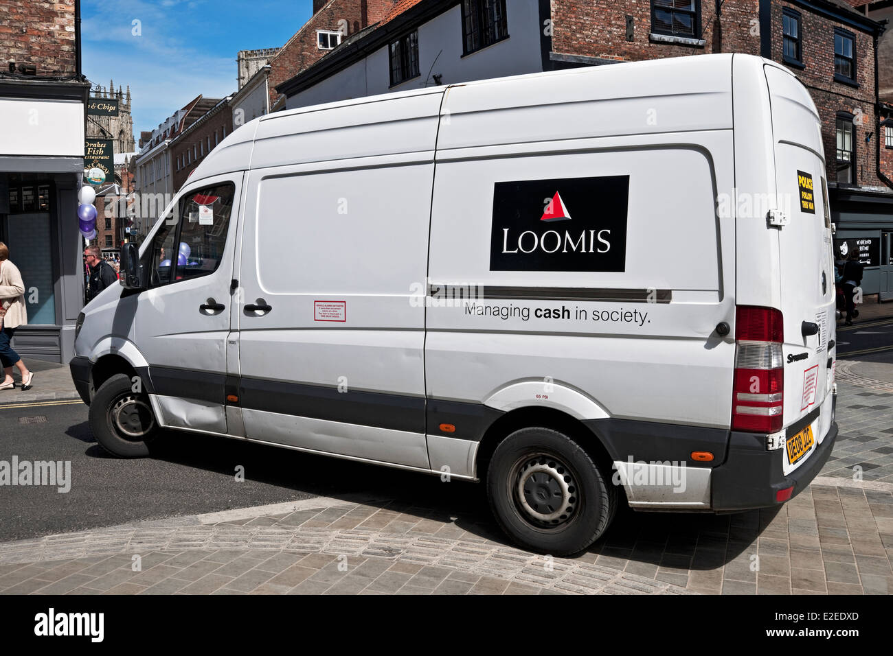 7a457f79f19ed6 Loomis security van York North Yorkshire England United Kingdom UK GB Great  Britain - Stock Image