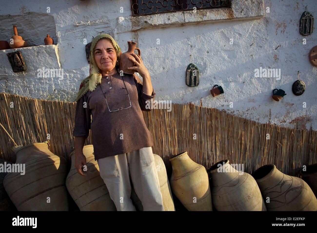 Turkey, Central Anatolia, Capadoccia, Cavusin, Pottery - Stock Image