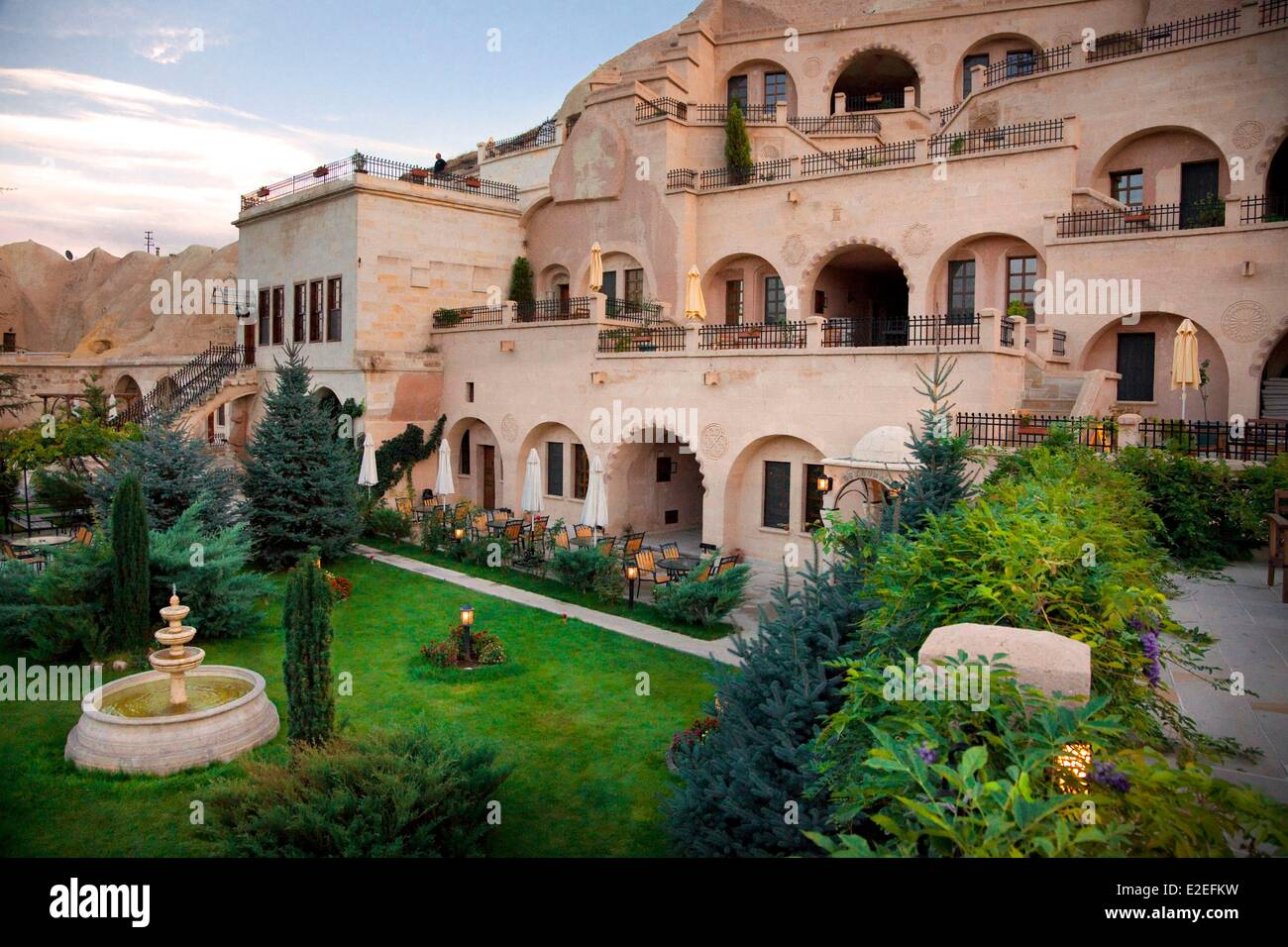 Turkey, Central Anatolia, Capadoccia, Urgup, Alfina Cave Hotel - Stock Image