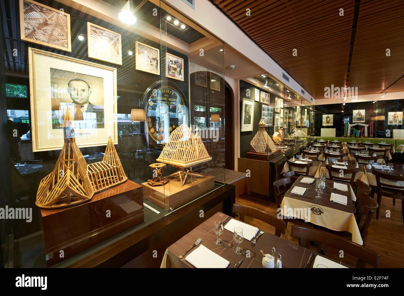 France, Paris, Museum of journeyman carpenters in the 19th, the restaurant, Arts Science Gathered - Stock Image