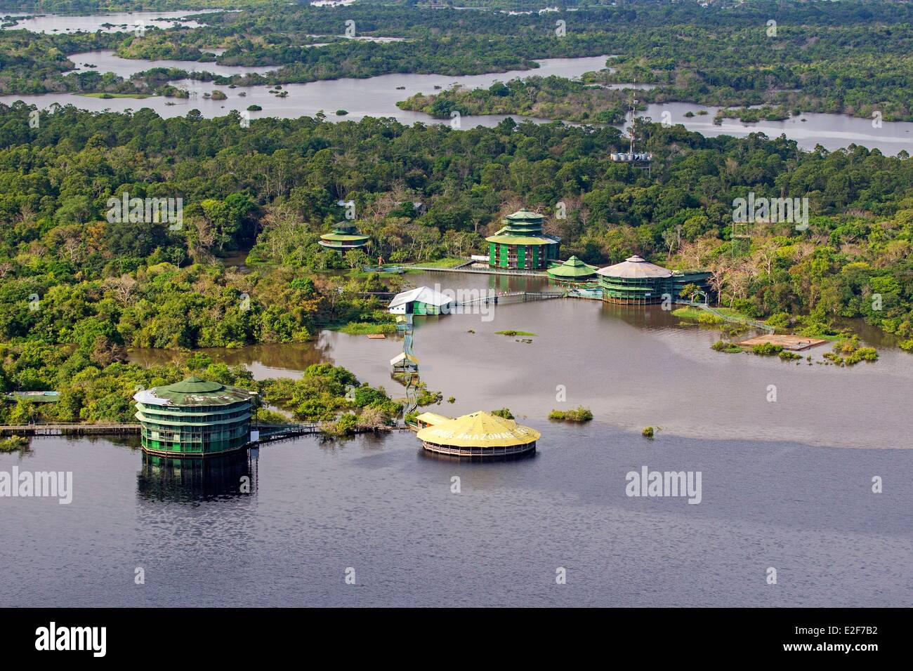 Brazil, Amazonas State, Rio Negro, Ariau Amazon towers and lodge, the largest treetop hotel in the world - Stock Image