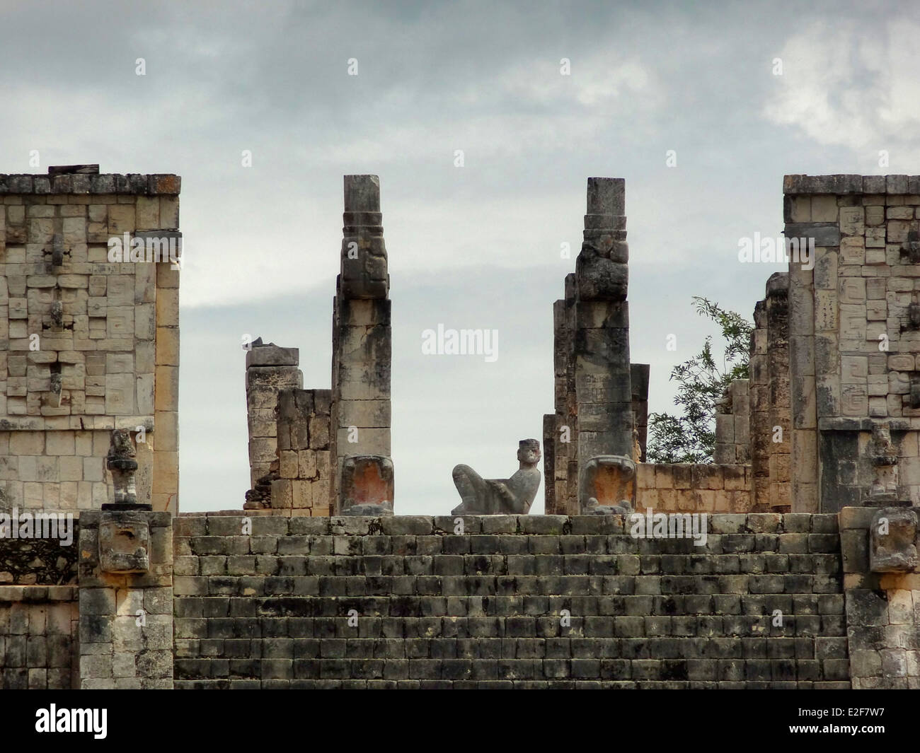 Temple of the Warriors with Chac Mool sculpture in Chichen the Itza archaeological site in Yucatan, Mexico - Stock Image