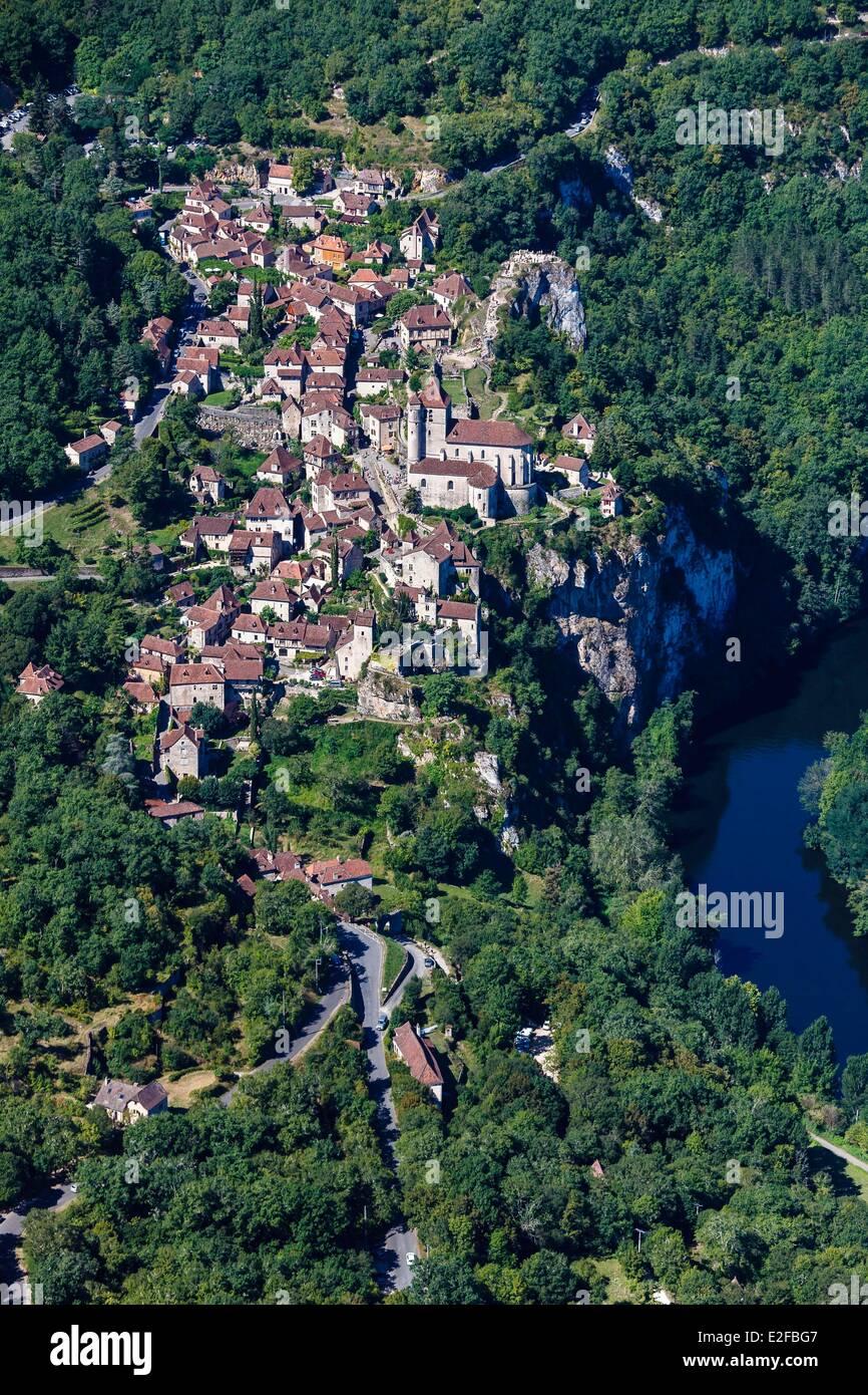 France Lot Parc Naturel Regional des Causses du Quercy Saint Cirq Lapopie labelled Les Plus Beaux Villages de France Stock Photo