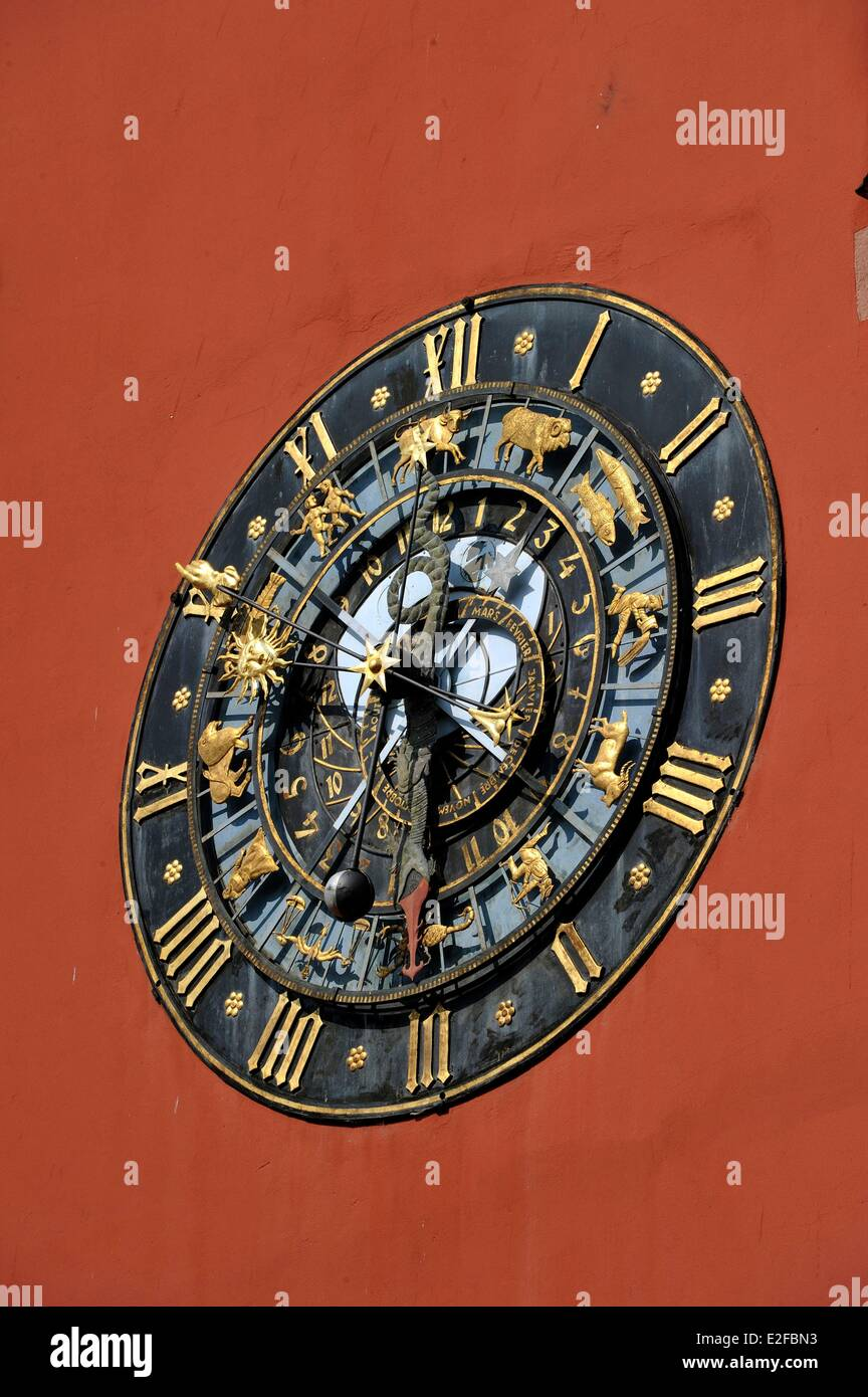 France, Bas Rhin, Haguenau, the Alsatian museum, old Chancellery with an astronomical clock on the frontage - Stock Image