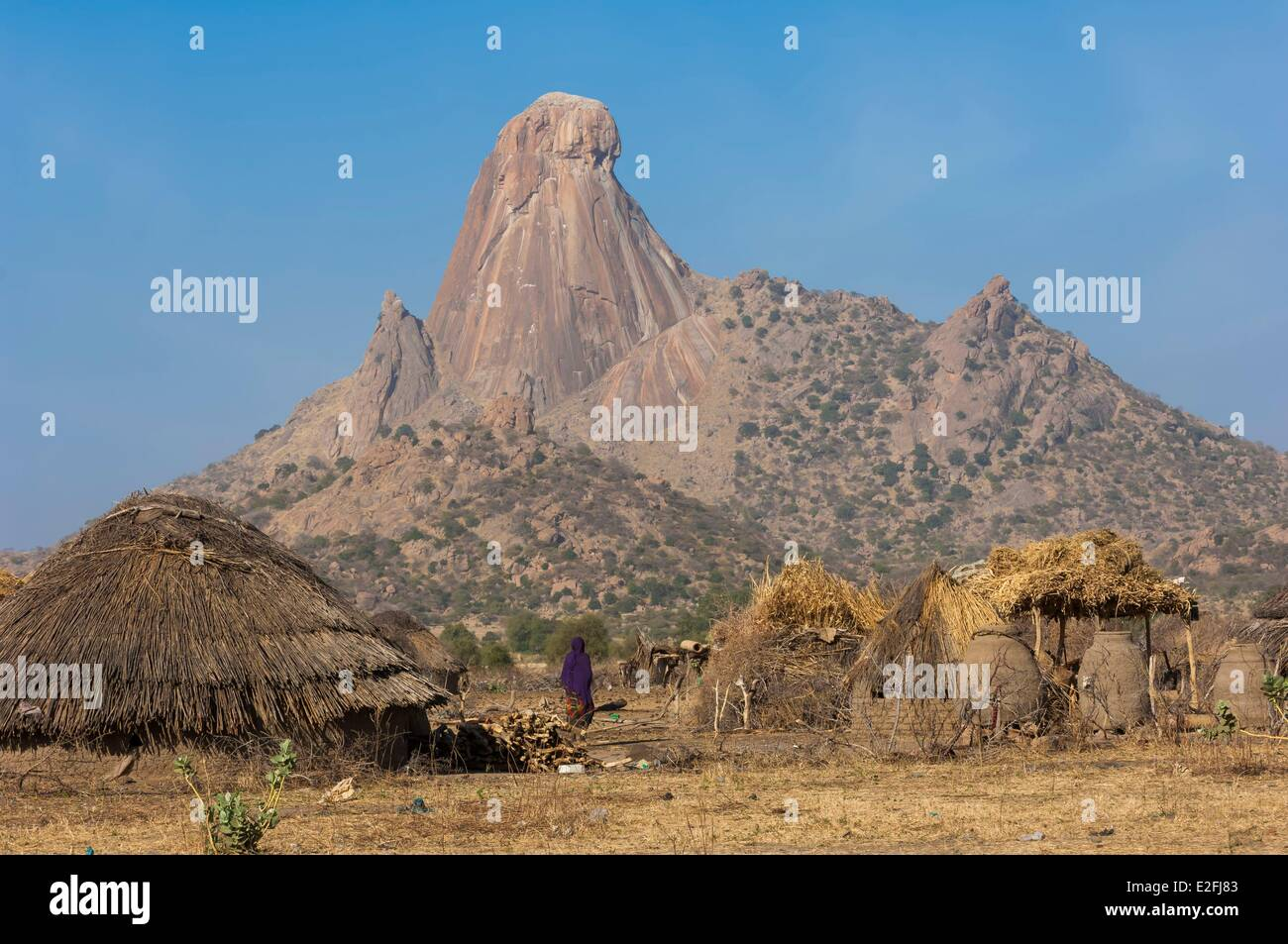 Chad, Sahel, Mataya, village at the foot of the granite spires of Abtouyour - Stock Image