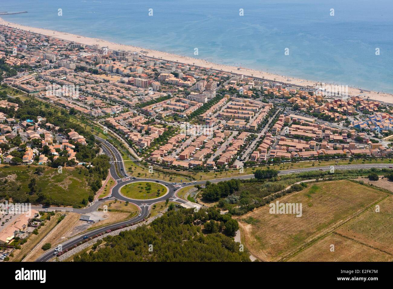 France, Herault, Narbonne Plage seaside resort, the beach (aerial view) - Stock Image