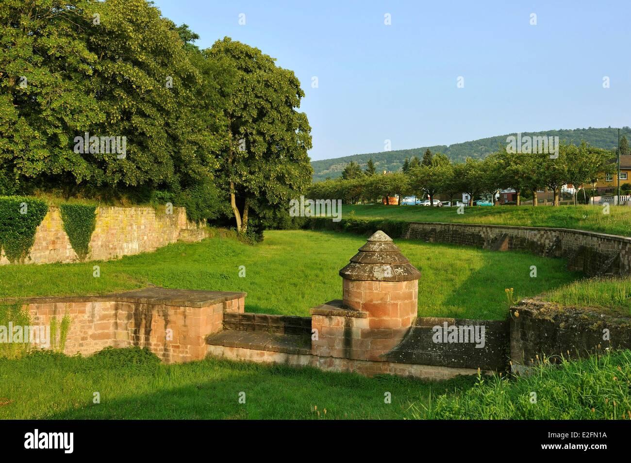 France Bas Rhin Wissembourg city walls Tour de la Poudriere 13th century - Stock Image