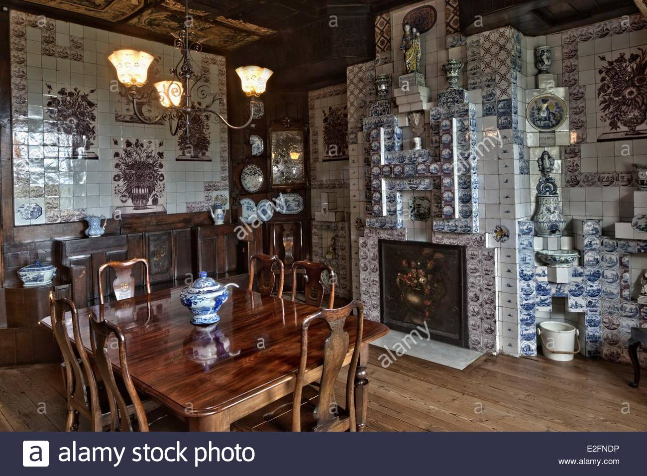 5e652d41ba51e9 United Kingdom Channel Islands Guernsey island Saint Peter Port Hauteville  House Victor Hugo House and Museum The dining room