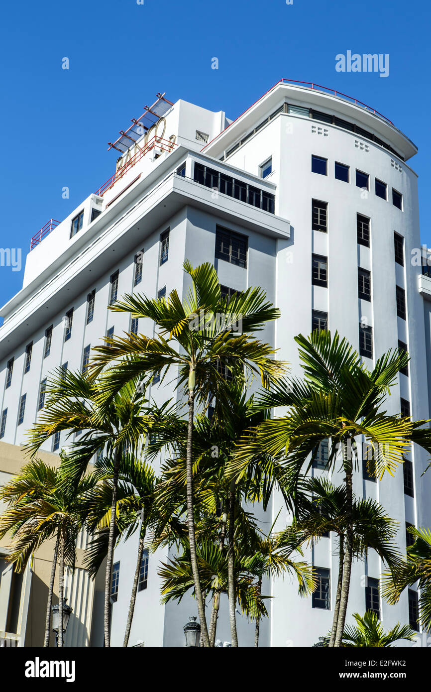 Palm trees and Banco Popular Building, Old San Juan, Puerto Rico - Stock Image