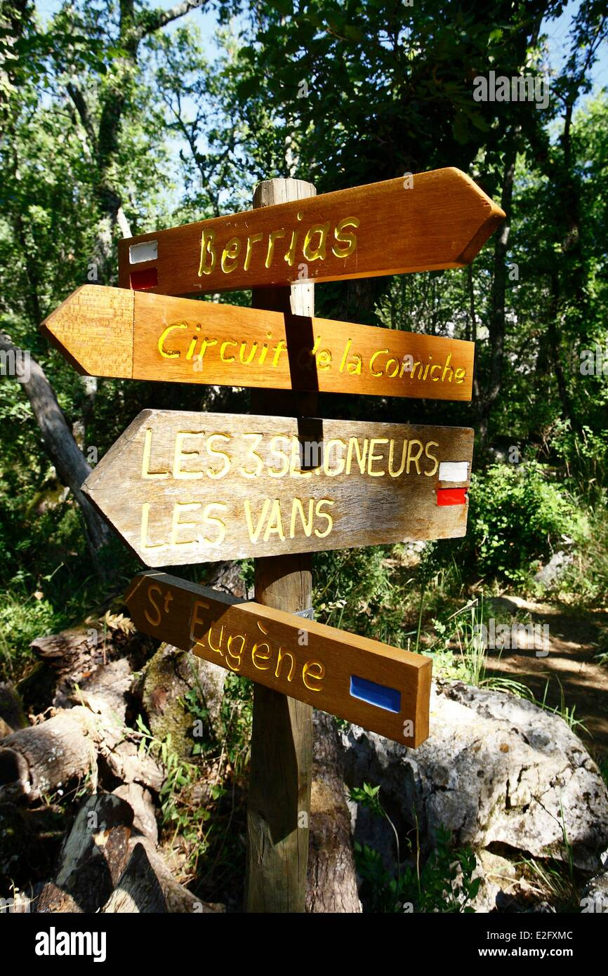 3c99cfa20e554b France Ardeche Les Vans direction signs on a path in the Paiolive wood -  Stock Image