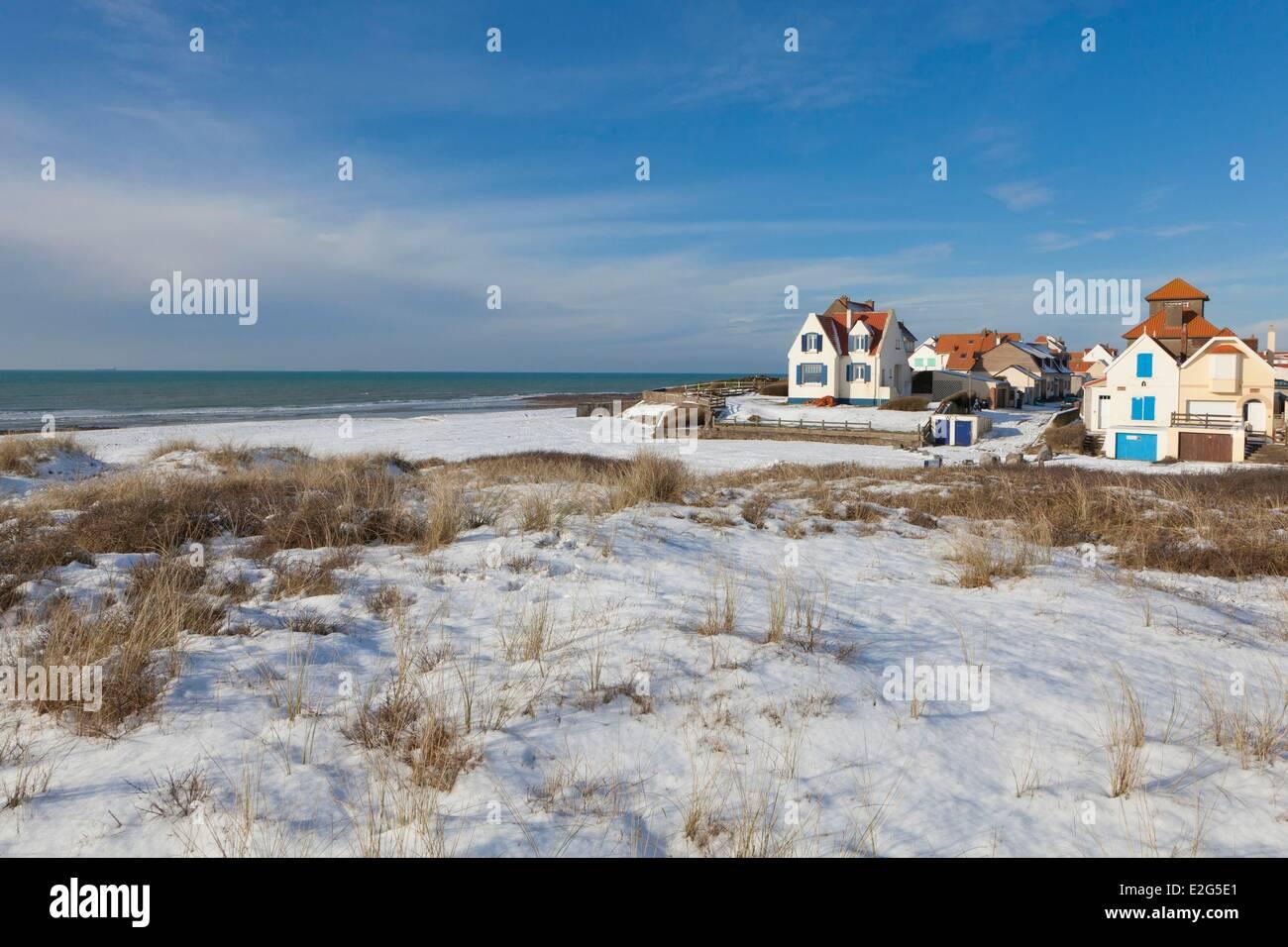France Pas de Calais Audresselles beach covered with snow Stock ...