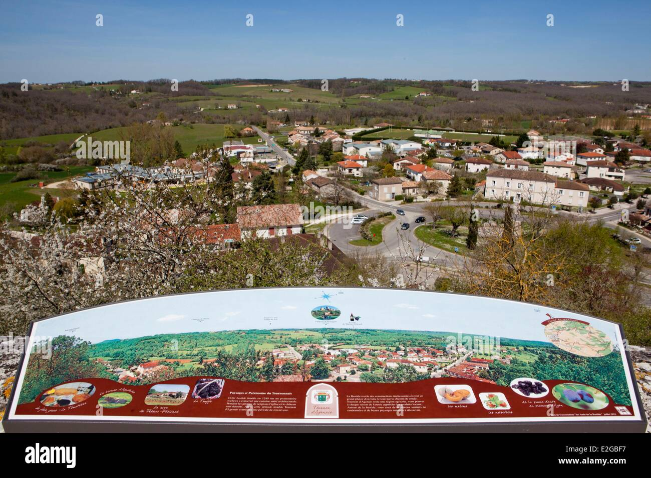 France Lot et Garonne Tournon d'Agenais view from the ramparts Stock Photo