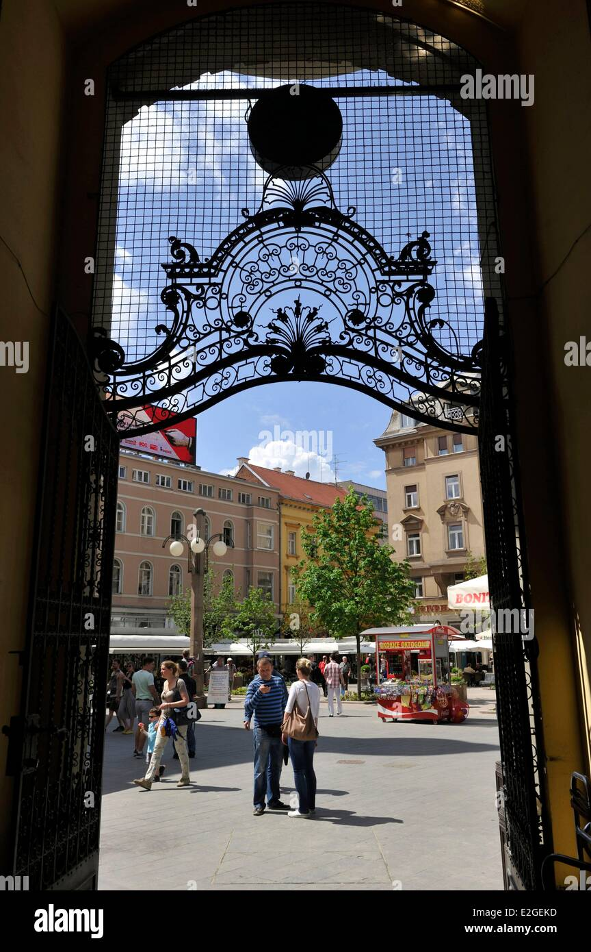 Croatia Zagreb Oktogon covered passageway glass roof of 1900's era in historic centre of city - Stock Image