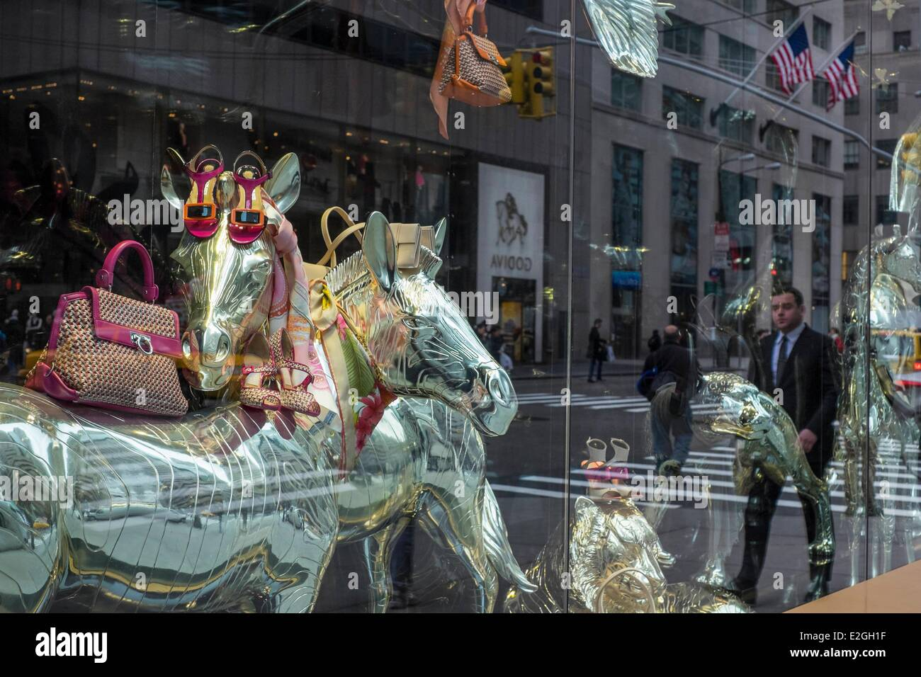 United States New York Manhattan Midtown Salvatore Ferragamo store on 5th avenue - Stock Image