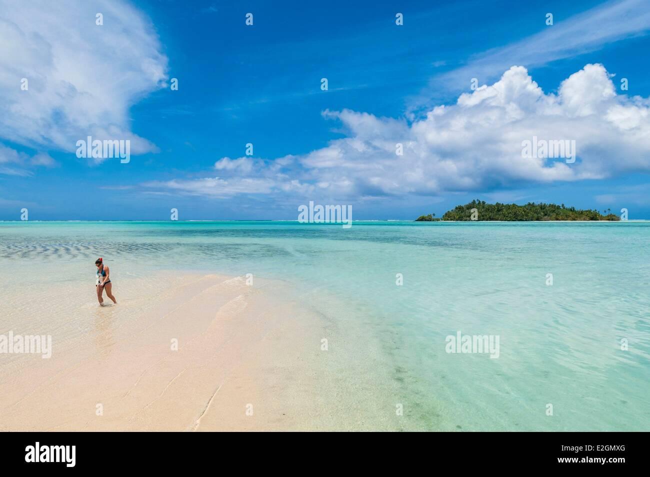 Cook Islands Aitutaki Island lagoon beach of One Foot Island atoll also called Tapuaetai - Stock Image