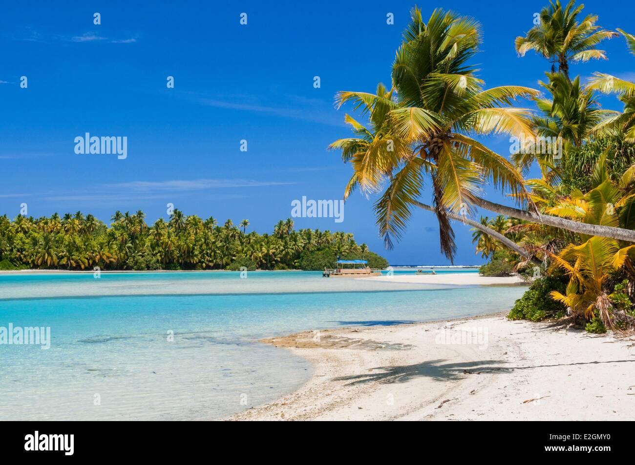 Cook Islands Aitutaki Island grand lagoon beach of One Foot Island atoll also called Tapuaetai - Stock Image