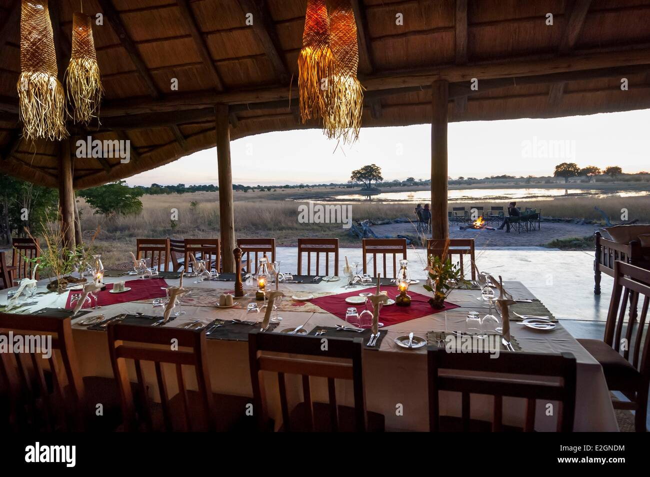 Zimbabwe Matabeleland North Province Hwange National Park Shuba Plains Camp Hwange reception lounge and restaurant - Stock Image