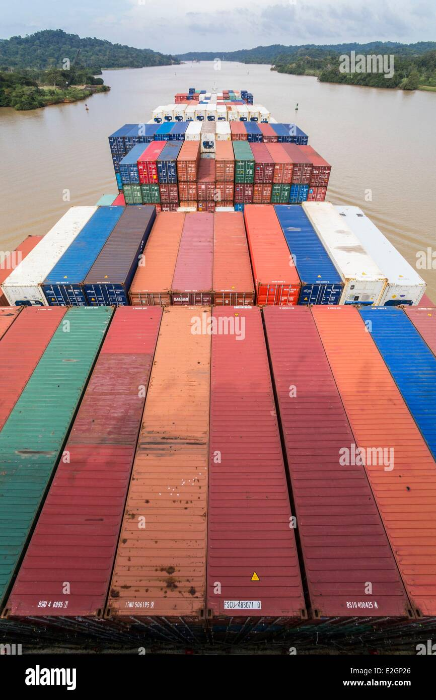 Panama Panama Canal boat CGM CGM Alcazar built in 2007 and with a capacity of about 5000 containers carrying crossing - Stock Image